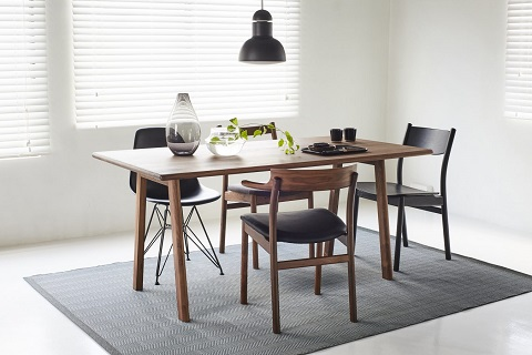 SOUP-DINING-TABLE-(LEG_A)-_03-1350x900